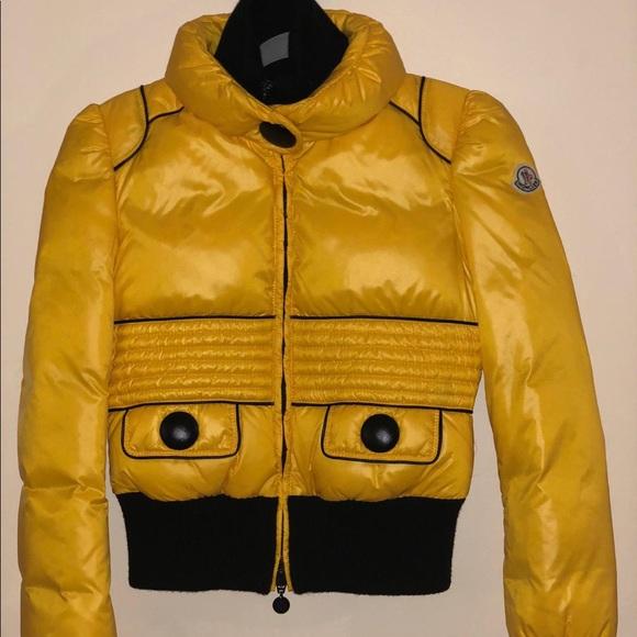 c83ce6d22 Excellent Condition Women's Moncler Jacket
